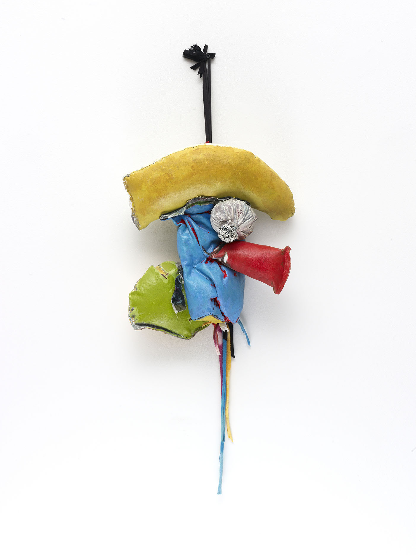 John Outterbridge, Rag and Bag Idiom III, 2012. Mixed media. 34 x 14 x 7 ½ inches. Image courtesy of Tilton Gallery, New York.