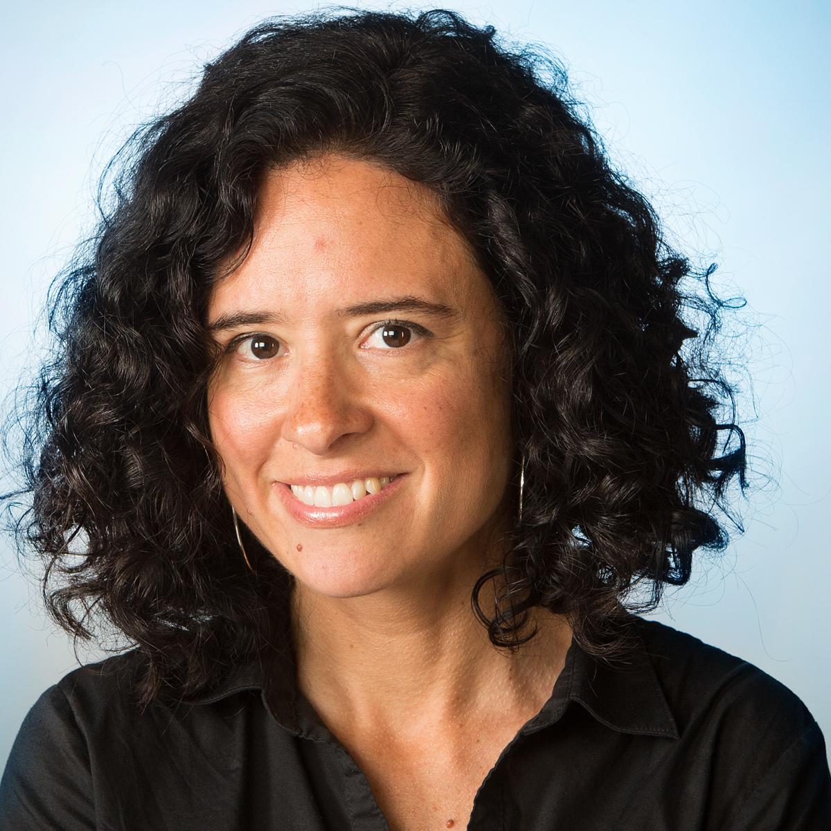 Los Angeles Times staff writer Carolina Miranda. Photo by Mel Melcon.