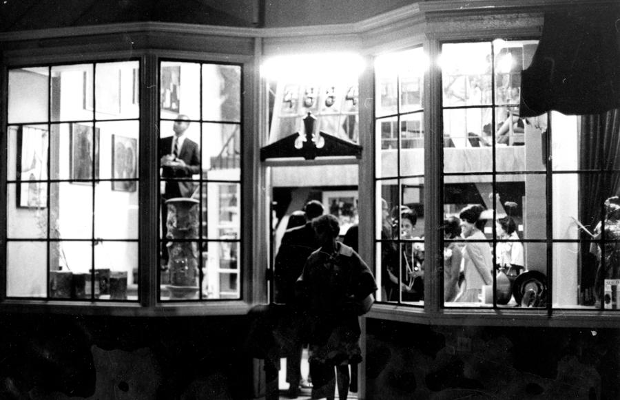Opening night at Brockman Gallery in Leimert Park, Los Angeles. 1967. Image courtesy of Brockman Gallery.